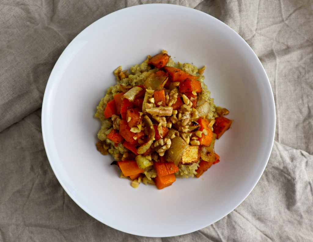 how to make vegetarian quinoa and roasted veggie bowl