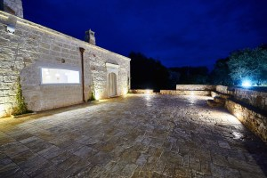villa in the night Puglia
