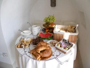 Breakfast Room 7 Palazzo San Giovanni BeeYond Travel