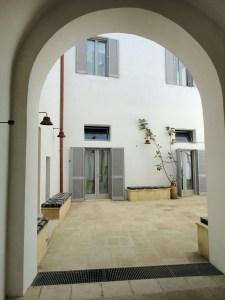 Courtyard Palazzo San Giovanni BeeYond Travel