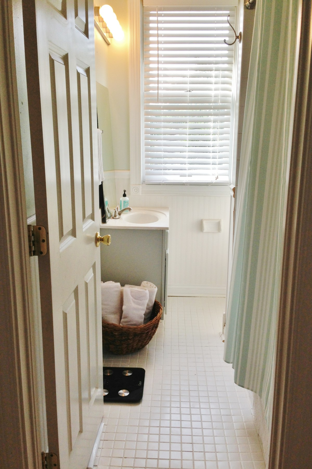 $210 Guest Bathroom Refresh | Beginning in the Middle