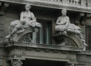 statuesoveradoor