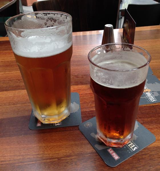 Sydney pub, beer