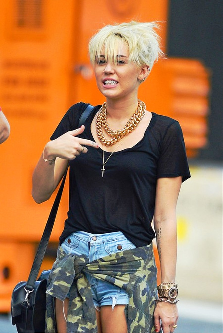 Pictures Of Miley Cyrus New Short Pixie Haircut