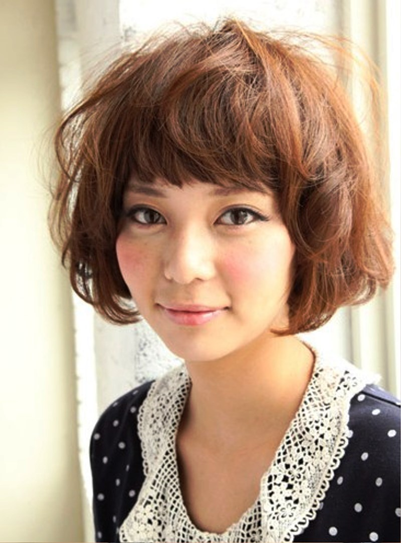 Pictures Of Short Curly Japanese Hairstyle For Women