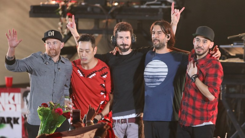Linkin Park Celebrates Life and Memorializes Singer Chester Bennington