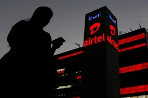 Airtel says it lost Rs 550 cr each quarter on Jio's tsunami of calls