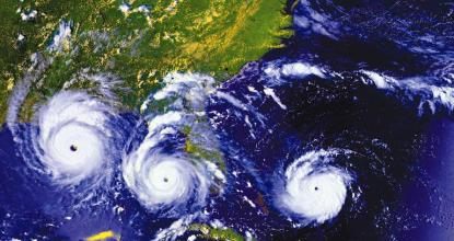 What are Hurricanes? | How do they form and cause Damage? 100 Behind History