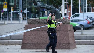 صورة صحافيون اجانب عرضة للمضايقات عند تغطية اخبار كورونا في السويد .