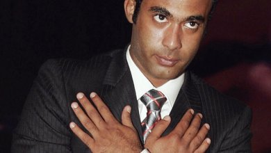 صورة عاجل: فرض الحراسة على ثروة أحمد زكي بطلب من أشقائه.