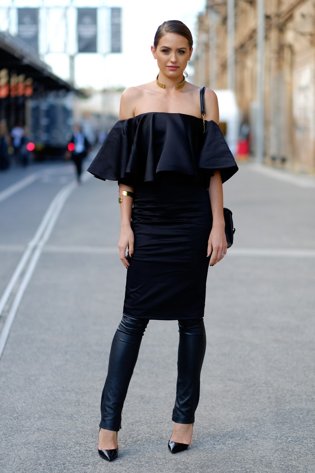Wear dresses in winter Dress over pants - scstylecaster.com