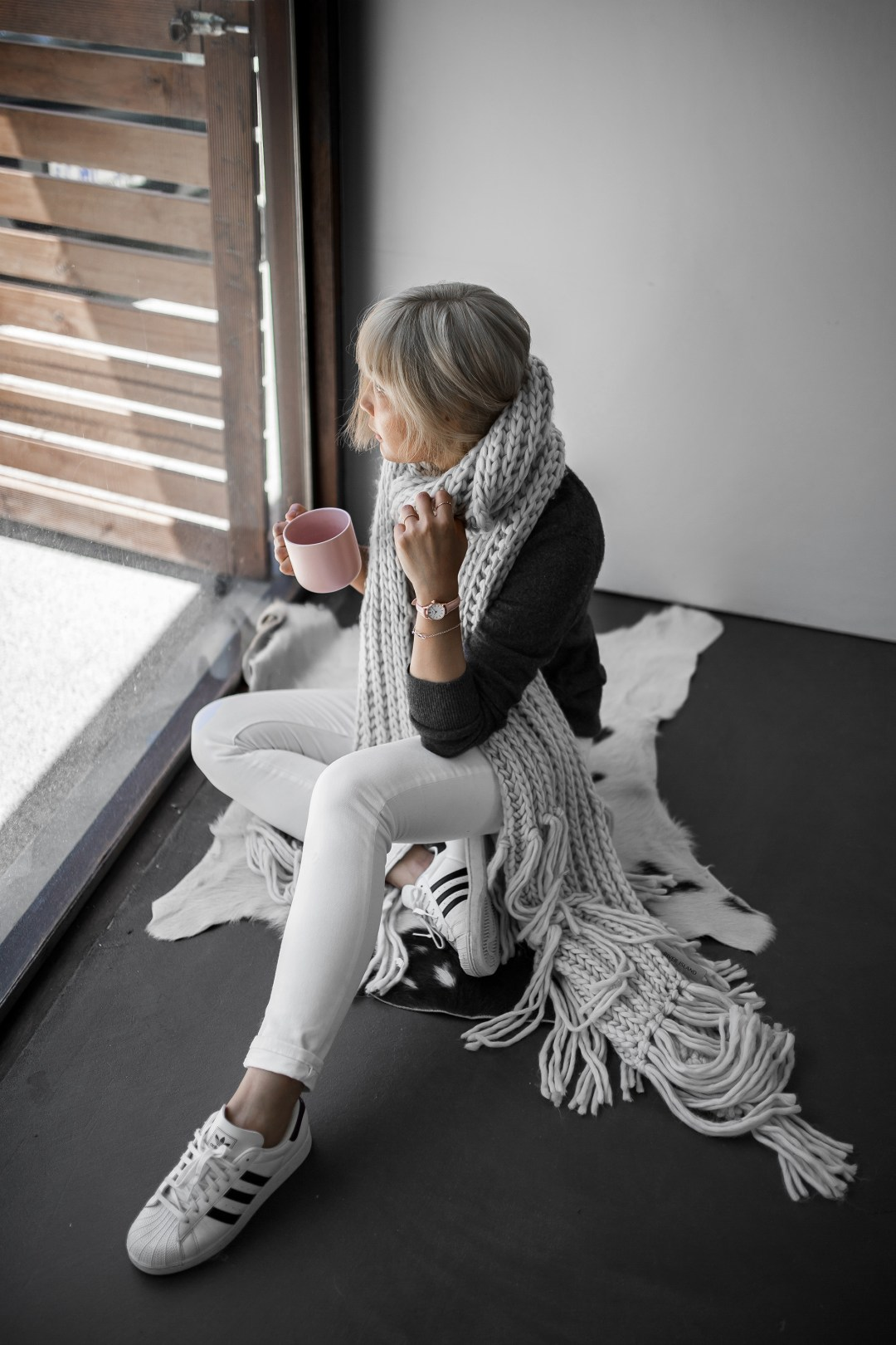 chunky-scarf-adidas-superstar-coffee-morning-inspiration-4-copy