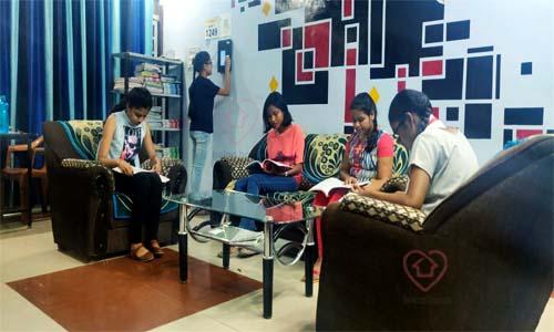 Girls Hostels near Allen Sangyan Landmark City