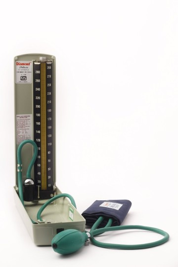 Diamond mercury blood pressure monitor