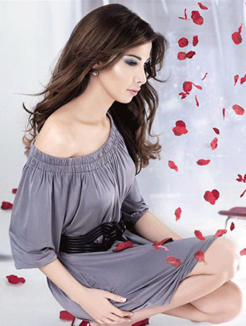 Nancy Ajram Smart Tacticians