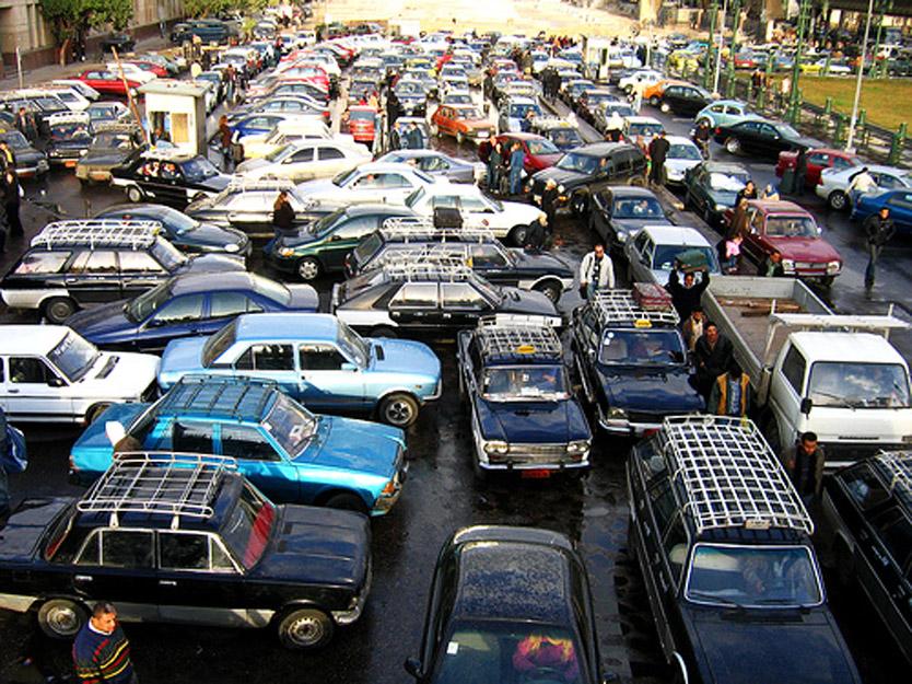 La Wlooo!!… Terrorizing, Traumatizing Traffic!