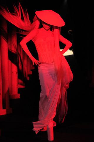 Lady Gaga on Muglar's Catwalk