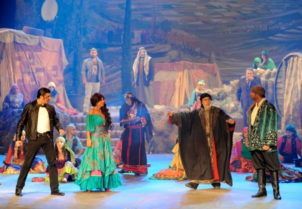 "The Rahbani's New Play ""3a Ard el Ghajar"""