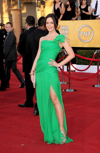SAG Awards 2012: Who Was Best Dressed? Vote Here