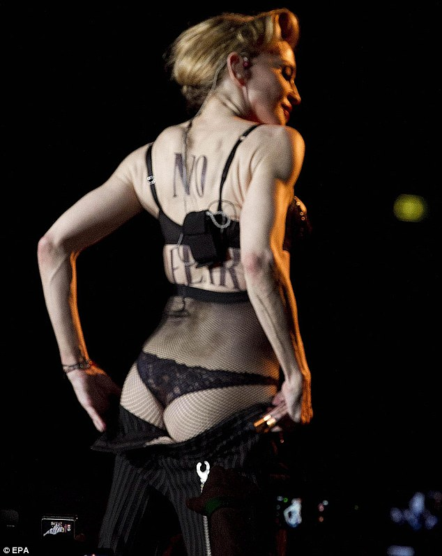 Madonna Flashes Her Butt in Rome!!