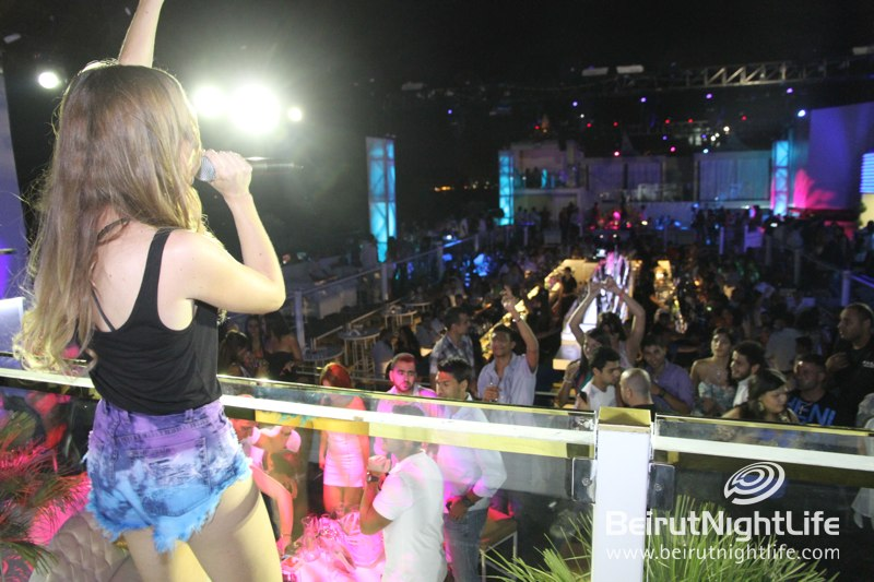 Evelyn Gives Funktion Rooftop One Night In Ibiza