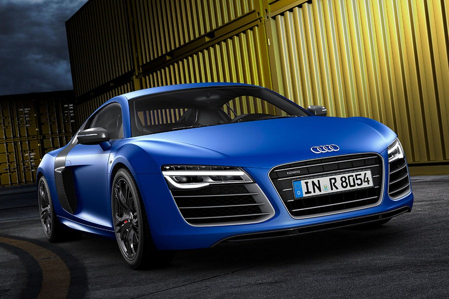 Welcome the Audi R8 2013