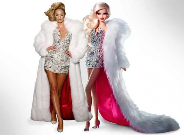 The New Sexy and Glamorous 'Blonds Barbie'