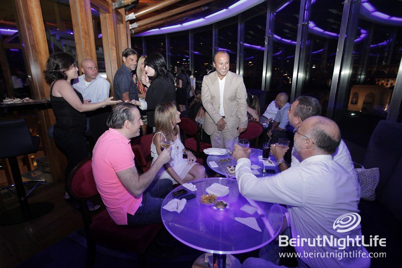Join the Fun After Work at Bar 360