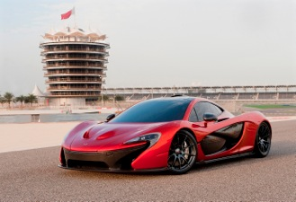 McLaren P1TM makes its debut in the Middle East