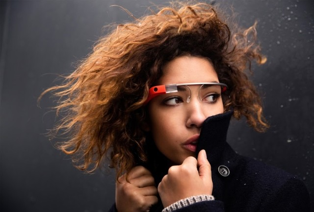 The New Social Media: Google Glass is Coming in 2014