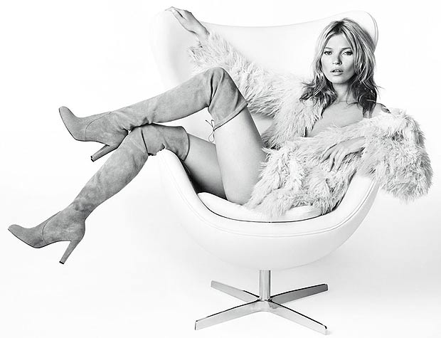 Scantily-clad model Kate Moss is booti-ful