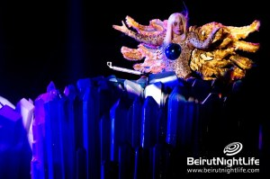 Lady Gaga Sings to her Little Monsters in Dubai!