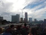Staden sett från taket på en tourbuss