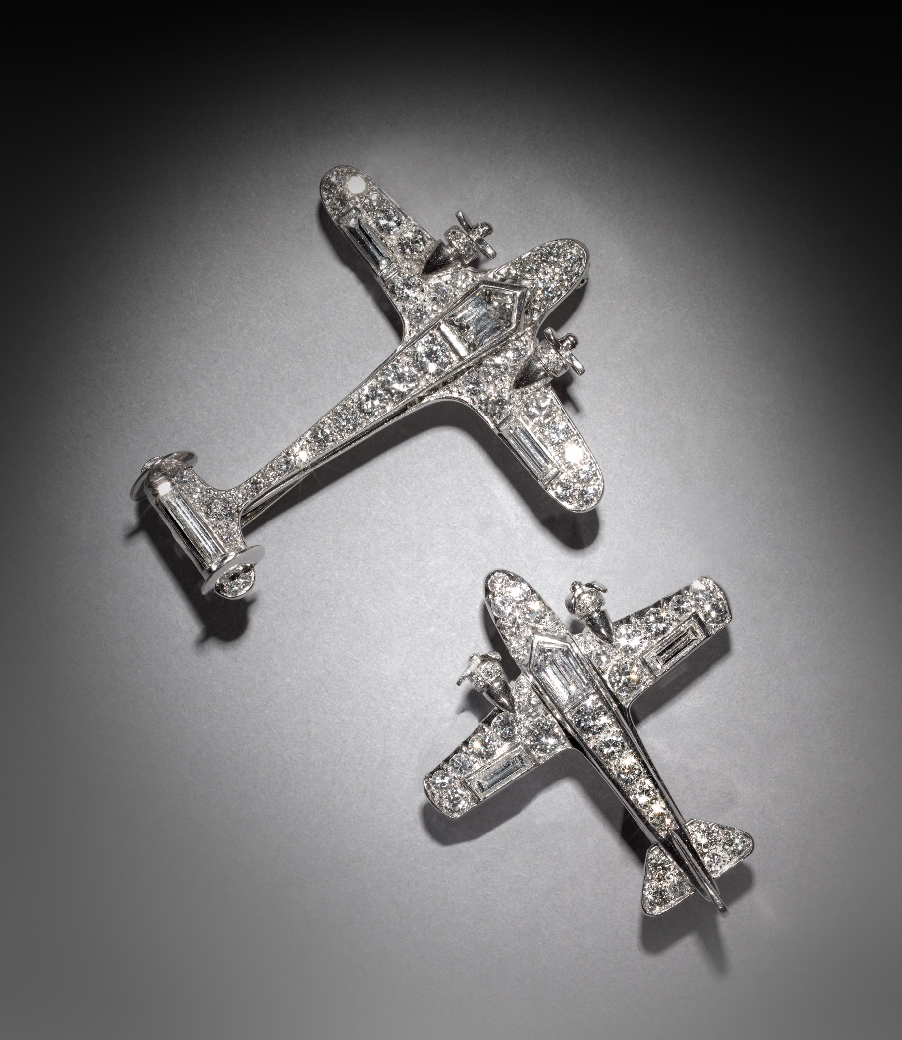 Jewelry Of The Jazz Age Set The Tone Of A New Exhibit At