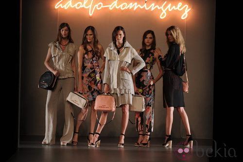 Moda urbana en el desfile de Adolfo Domínguez primavera 2012