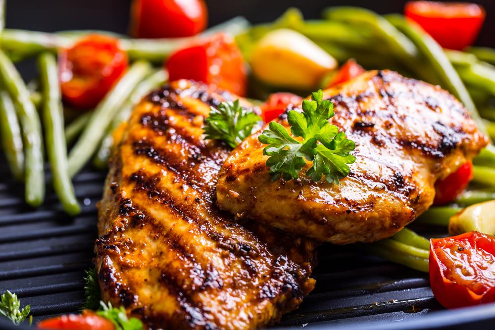 Carnea la grill electric: cum o pregatesti si cum o prepari corect