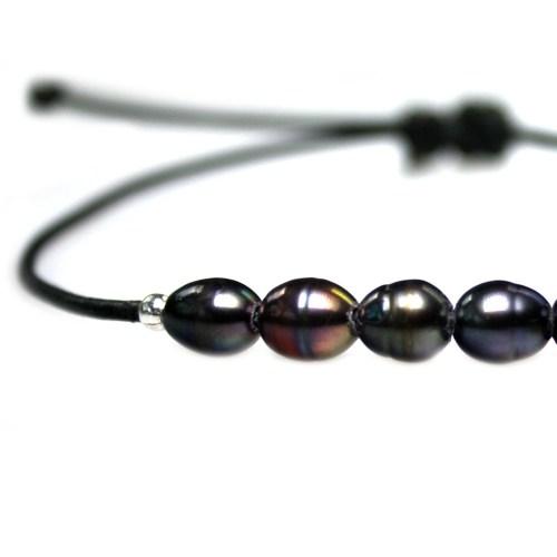Enkelbandje Basic B6 – Zwarte parels – zwart leer – Sterling Zilver