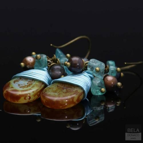 Oorbellen Bohemian – Tsjechisch glas druppel – Apatiet – Parelmoer