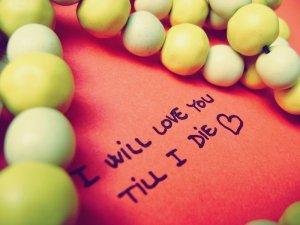 Kata Kata Cinta paling Romantis dalam bahasa inggris dan artinya