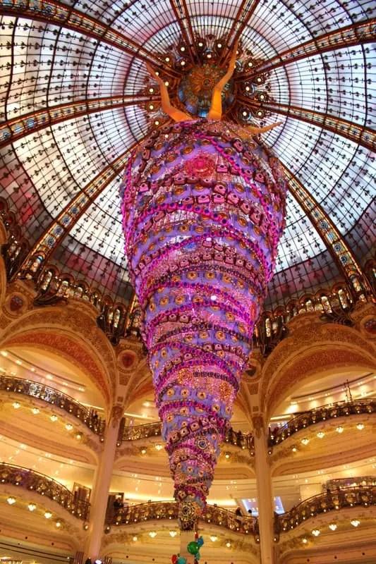 Galeries Lafayette christmas deco, paris arrondissements map, best places to visit in paris