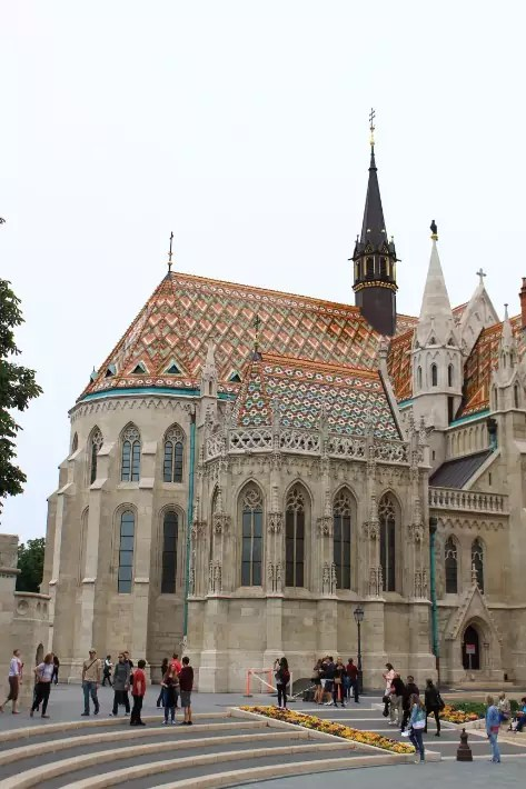 things to do in budapest, what to do in budapest, what to eat in budapest, Matthias Church