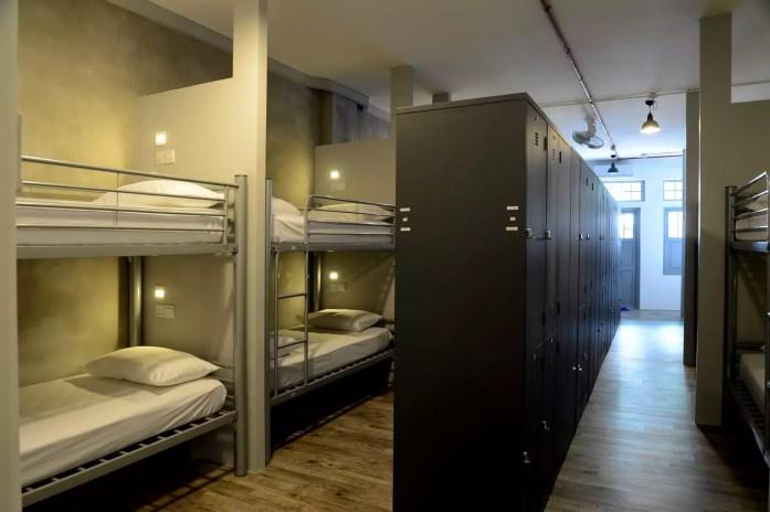 fisher-bnb dorm singapore budget hostel student