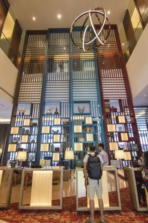 Mercure Singapore Bugis reception desk