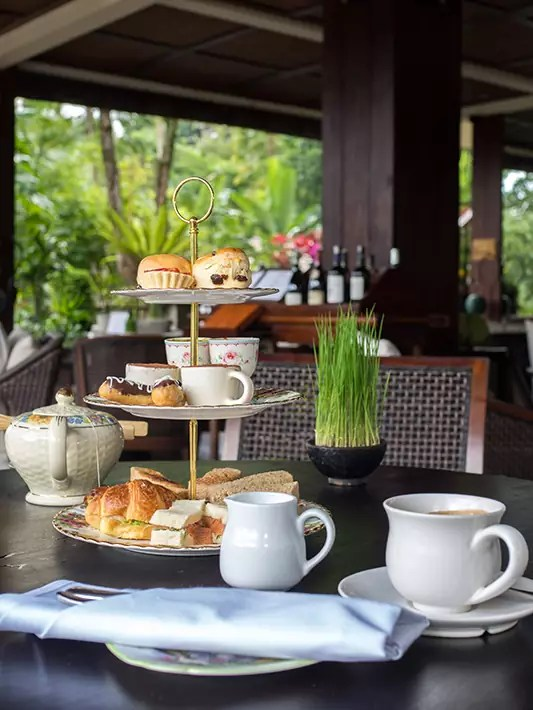 afternoon-tea-hanging-gardens-of-bali-ubud