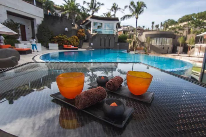 the-edge-spa-welcome-drink
