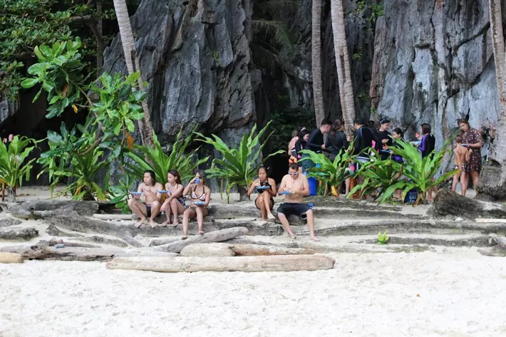 el nido lunch island picnic hidden lagoon, el nido palawan philippines, how to get to el nido, el nido tour package, things to do in el nido