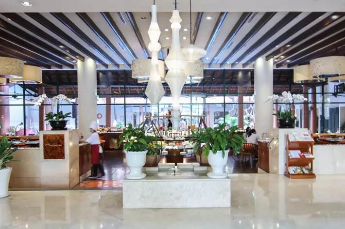 PARKROYAL Saigon lobby