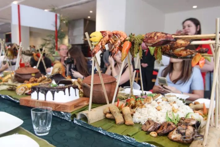 Boodle Fight food Davao City Philippines