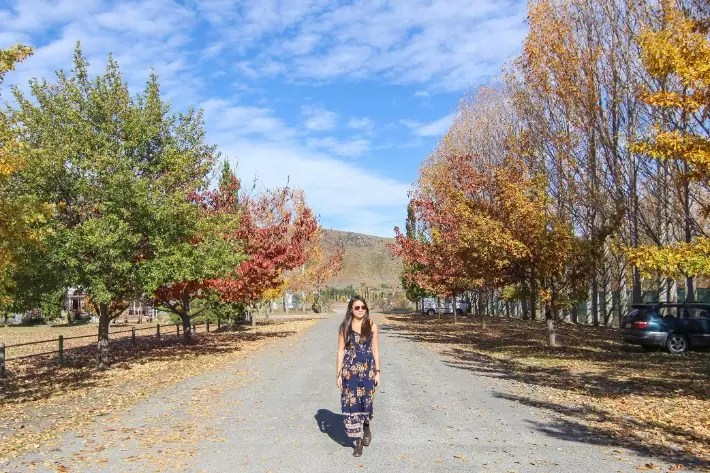 girl omarama autumn fall new zealand