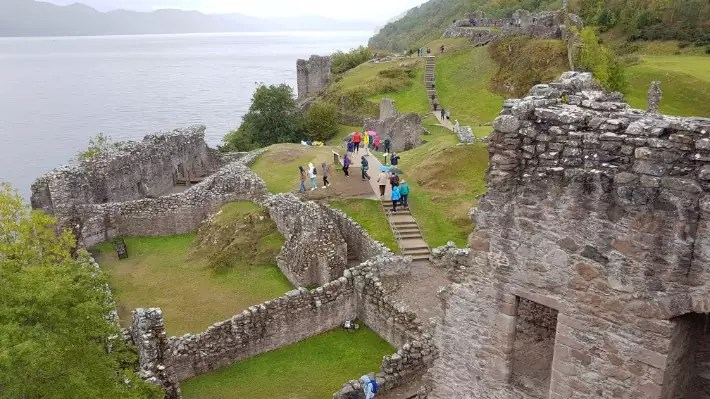 urquhart castle visit, scotland itinerary, road trip